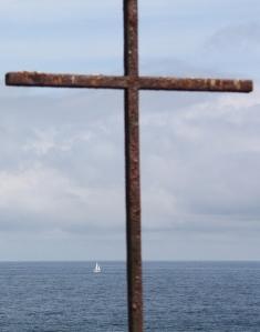 barco e cruz